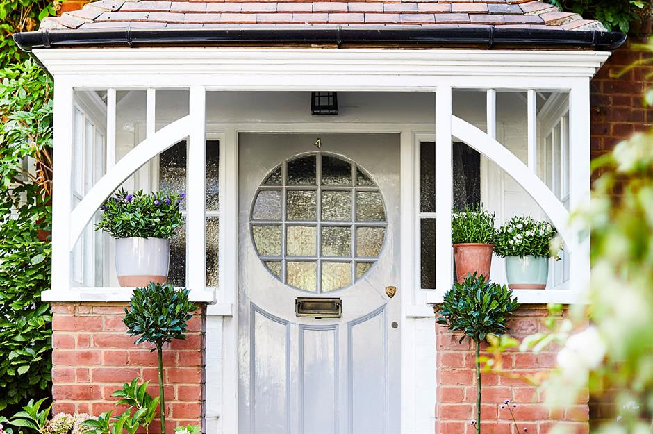 Install Modern Front Doors to Boost Your Home's Kerb Appeal
