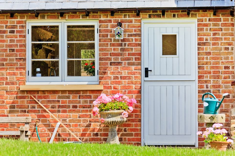 4 Latest Doors and Windows Design Trends Expected To Rule 2020